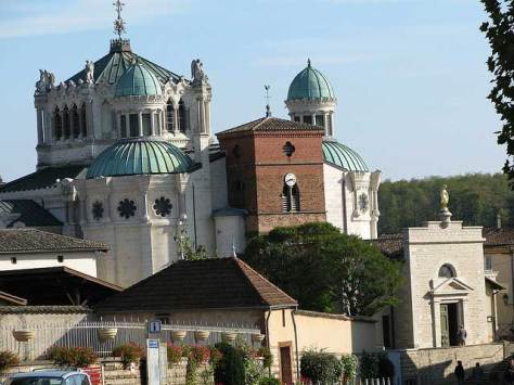 Church of Ars and the Basilica.