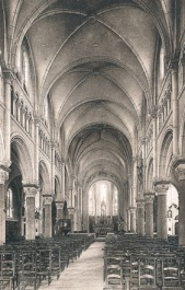 Église Notre Dame de l'Assomption (interior) from an old postcard.