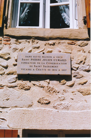 Commemorative plaque, Chatte.